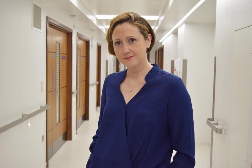 Dr Claire Booth